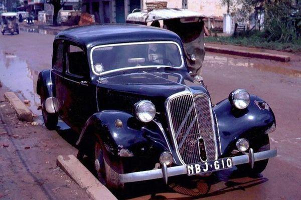 Chuyện chưa biết về chiếc xe trong phim Ván bài lật ngửa do Chánh Tín thủ vai