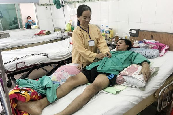 Nguy cơ liệt người vì bị lao cột sống