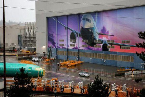 Boeing 737 Max tiếp tục lỗi phần mềm, phải lùi thời gian bay vô thời hạn