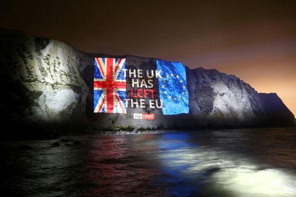 Kỷ nguyên mới cho nước Anh bị chia rẽ khi rời EU