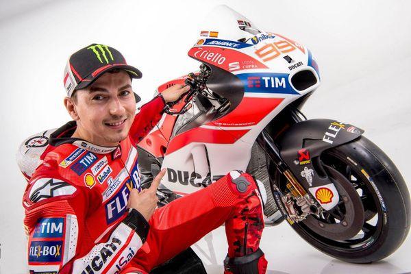 Jorge Lorenzo nghỉ MotoGP Honda, trở lại Yamaha làm tay đua thử nghiệm