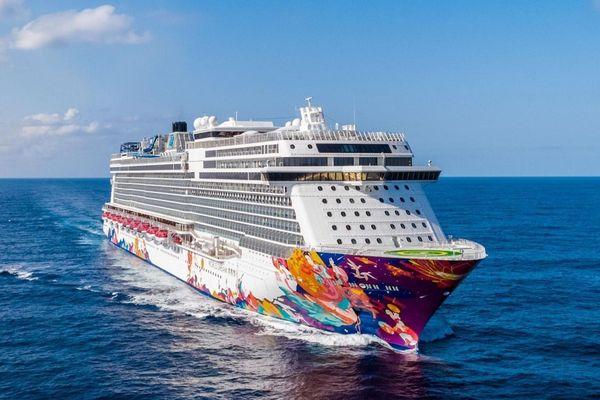SCMP: Du thuyền chở 3 khách Trung Quốc nhiễm virus corona