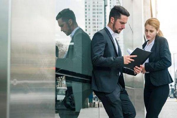 Nhân sự cấp cao ngành nào có lương cao nhất trong năm 2020?