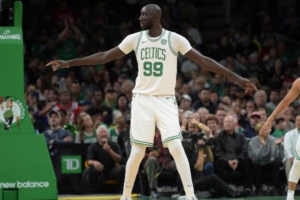 10 cầu thủ cao nhất tại giải bóng rổ NBA