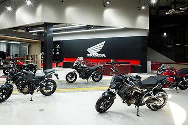 Honda Việt Nam giảm giá hàng loạt môtô đến 50 triệu đồng
