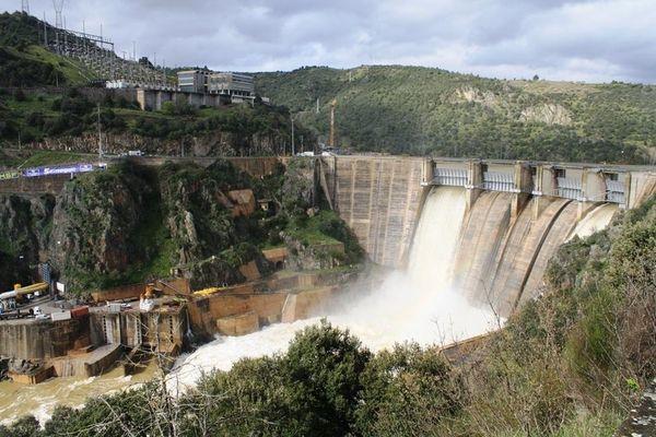 Lợi nhuận của Energias de Portugal giảm do thiếu nguồn nước phát điện