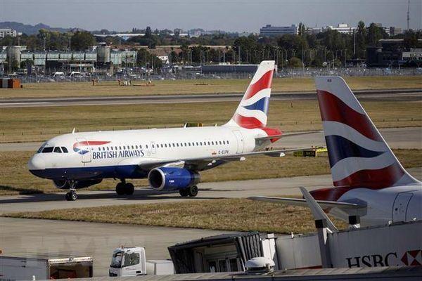 Một số hãng hàng không hủy các chuyến bay tới Italy và Israel