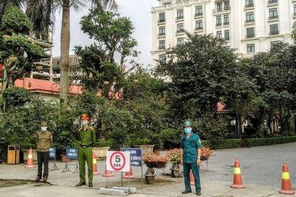 Ninh Bình: 2 khách sạn có người Anh đi trên chuyến bay VN0054 được dỡ bỏ lệnh cách ly