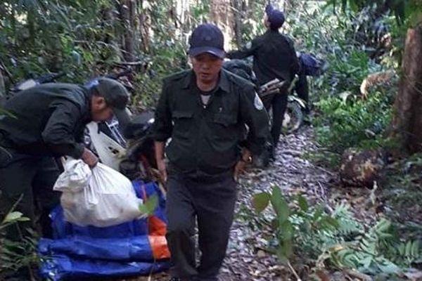 Kon Tum: Huyện biên giới Ia H'Drai nỗ lực hết mình bảo vệ rừng trong mùa khô