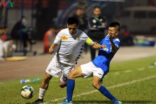 Dư âm Than Quảng Ninh 3-1 Hà Nội FC: Nhà vua và tấm khiên thủng