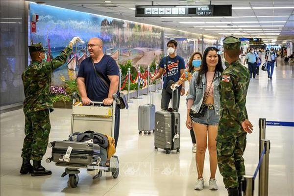 Thái Lan miễn phí điều trị cho người nước ngoài mắc COVID-19