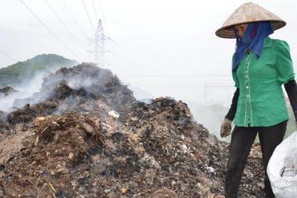 Hàng trăm ngôi làng ngập trong rác: Câu trả lời của Bắc Ninh!