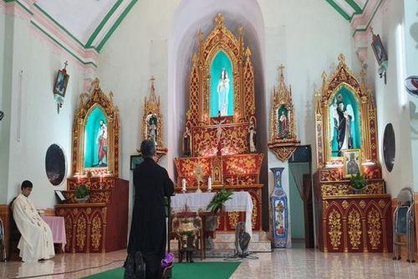 Phòng chống dịch bệnh: Các tổ chức tôn giáo không hoạt động đông người