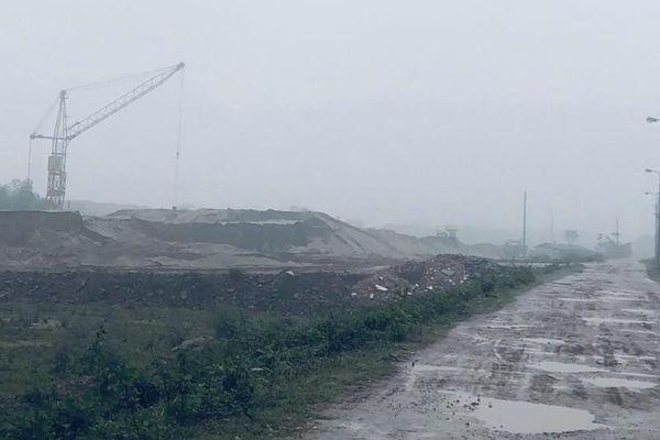 Bắc Giang: Doanh nghiệp san lấp bãi sông để tập kết cát, sỏi trái phép, vi phạm Luật Đê điều nghiêm trọng