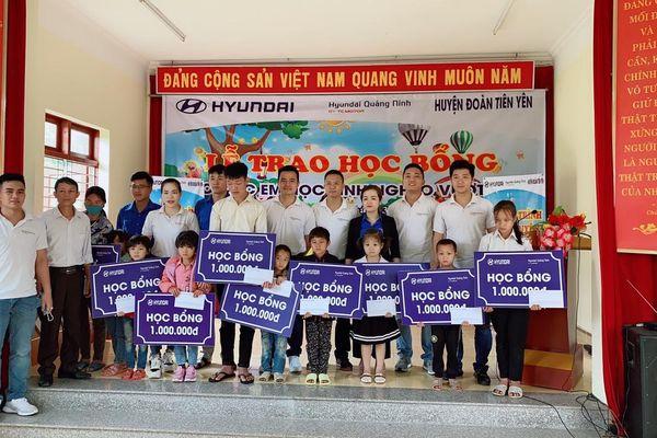 Hyundai Quảng Ninh tổ chức chương trình tình nguyện 'Trao học bổng - Tặng yêu thương'