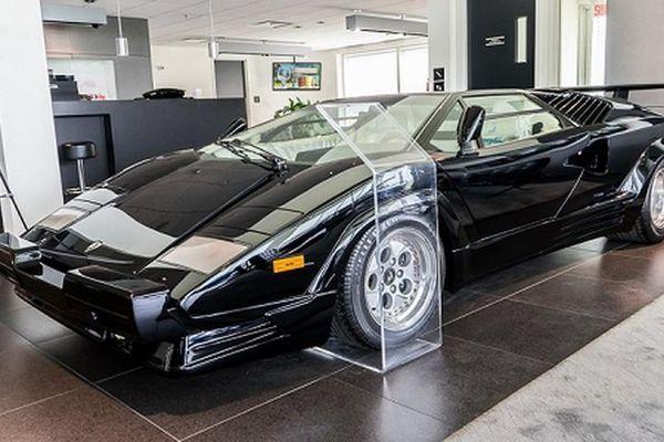Siêu xe Lamborghini Countach hơn 30 tuổi 'mới cứng' hơn 13 tỷ đồng