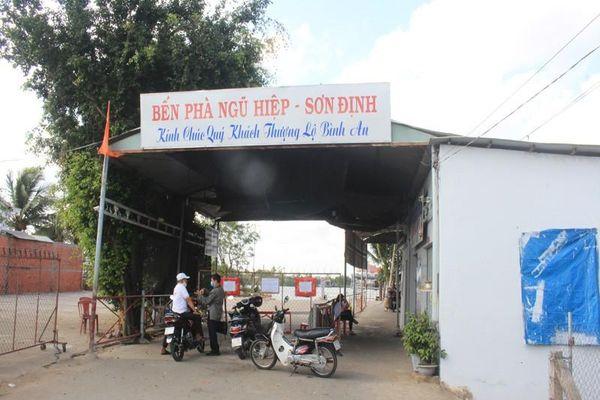 Gỡ bỏ lệnh 'bế quan tỏa cảng' tại bến phà Sơn Định - Ngũ Hiệp