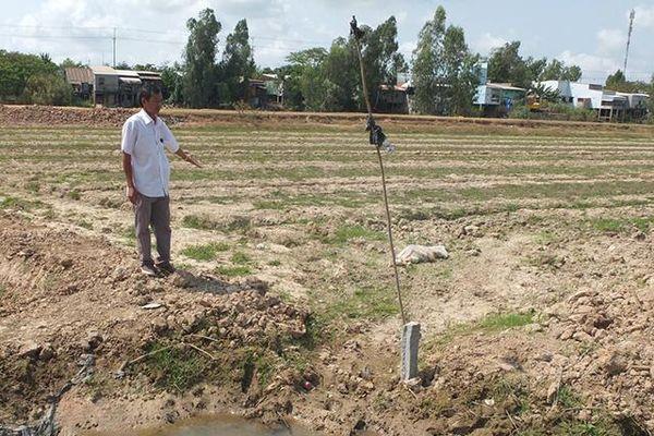 Chủ đường nước 'bẻ kèo', người sản xuất lúa bị thiệt