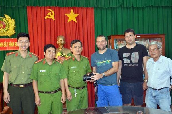 Lính Hình sự ở xứ Dừa phá án