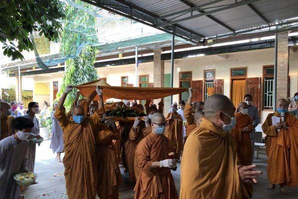 Ninh Thuận : Lễ nhập kim quan NT.Thích nữ Thông Liên