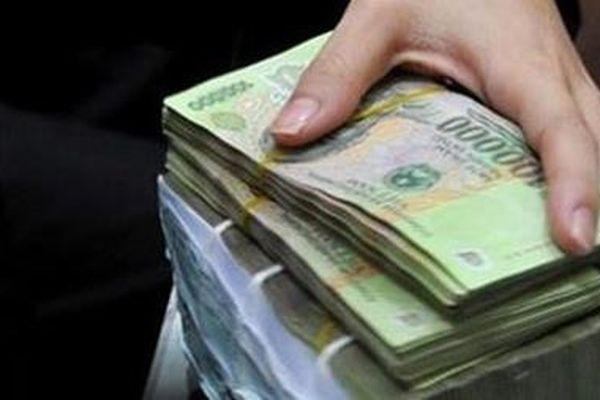 Giám đốc và Kế toán tham ô ngân sách hàng trăm triệu đồng