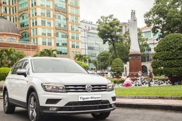 Hai chiếc ô tô của hãng xe Đức đẹp long lanh đang giảm giá 'sốc' 200 triệu đồng tại Việt Nam