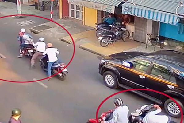 Chủ tiệm thuốc Tây bị dàn cảnh đụng xe, móc hàng chục triệu