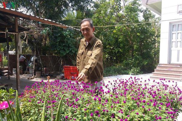 Cựu chiến binh miệt vườn làm giàu cho gia đình và không quên đồng đội