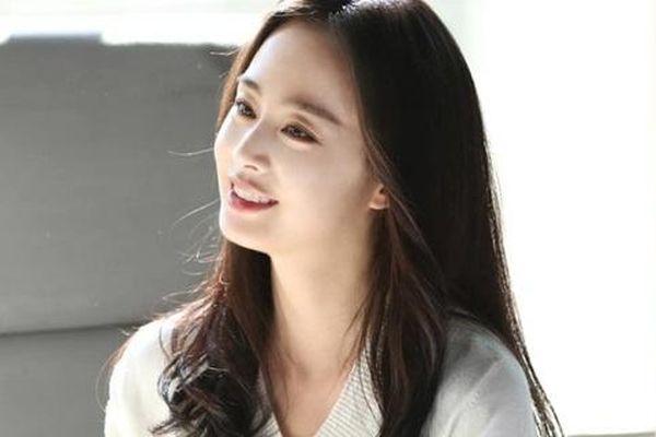 Dư luận xứ Hàn dậy sóng vì Kim Tae Hee cùng sàn sao 'khủng' bị nghi trốn thuế