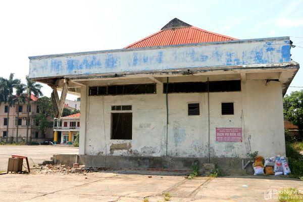 Bất hợp lí hệ thống nhà vệ sinh công cộng ở thành phố Vinh