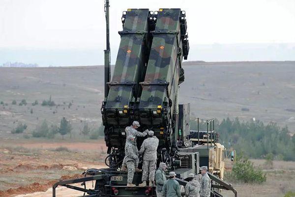 Vì sao Mỹ bất ngờ rút tổ hợp Patriot khỏi Trung Đông?