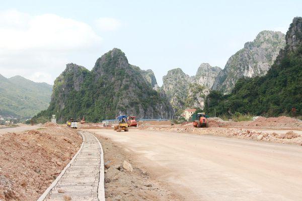 Dự án Tuyến đường trục chính trung tâm Khu đô thị Cái Rồng (Vân Đồn): Chậm giải phóng mặt bằng