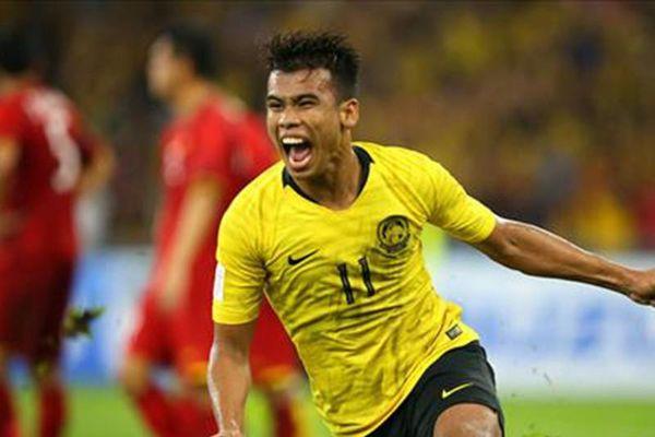 Cầu thủ Malaysia sút tung lưới Văn Lâm được AFC tôn vinh