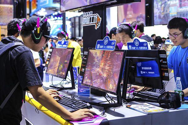 Game thủ Trung Quốc có mức lương nghìn đô mỗi tháng, cao thứ 3 trong các ngành nghề