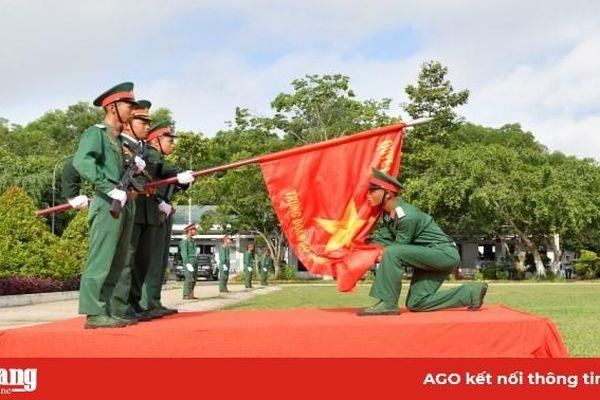 Trung đoàn Bộ binh 892 tổ chức tuyên thệ chiến sĩ mới năm 2020