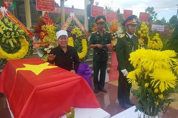 Xúc động lễ truy điệu và an táng 17 hài cốt liệt sỹ tại Quảng Nam