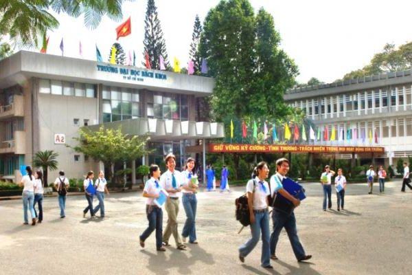 Gần 300 sinh viên Bách Khoa TP HCM được hỗ trợ học phí sau Covid-19