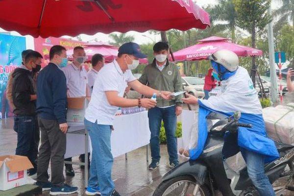 Toyota Việt Nam và hệ thống đại lý nỗ lực đẩy mạnh sản xuất kinh doanh hậu Covid-19