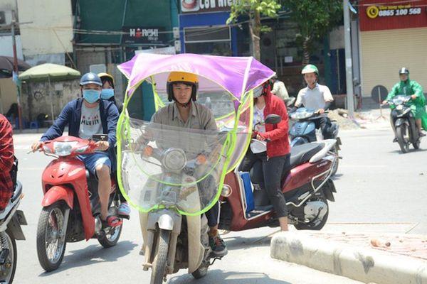 Chảo lửa Hà Nội trên 39 độ C, chỉ số tia UV ở mức nguy hại rất cao