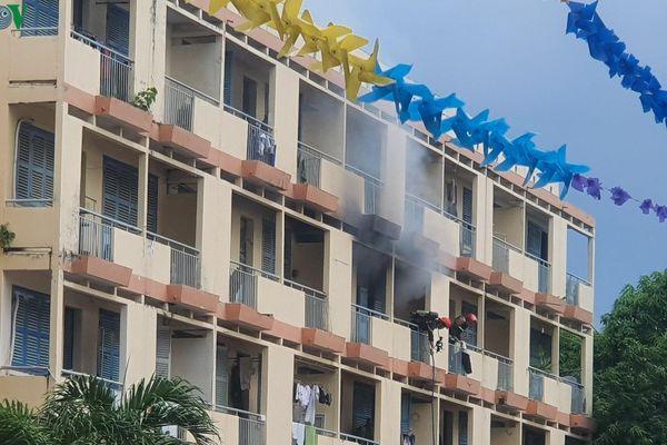 Vụ cháy căn phòng trong khách sạn ở Bình Thạnh: Thêm 1 người chết