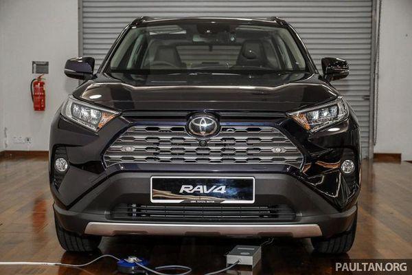 Toyota RAV4 2020 từ 1 tỷ đồng tại Malaysia có về Việt Nam?