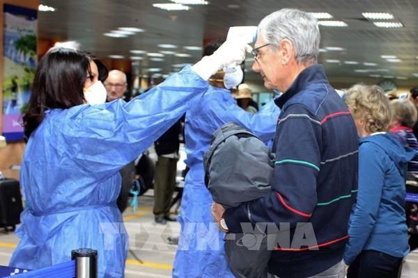 Ai Cập mở cửa trở lại các sân bay và đón du khách quốc tế