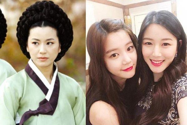 Hai con gái 'Mama Chuê' không thể thoát khỏi cái bóng của mẹ