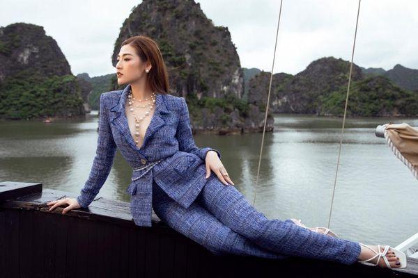 Á hậu Tú Anh khoe vẻ đẹp mặn mà trong các thiết kế của Lê Thanh Hòa giữa biển trời Hạ Long