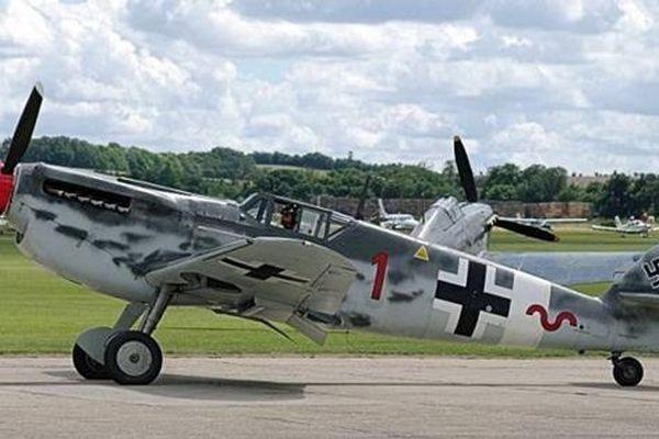 Chuyên gia xếp hạng chiến đấu cơ được sử dụng trong Thế chiến II