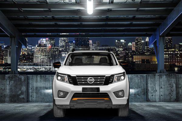 Nissan Navara Black Edition A-IVI khởi điểm từ 845 triệu đồng