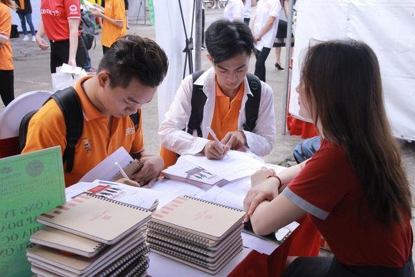 Sinh viên được gì từ Ngày hội việc làm – Job Fair 2020