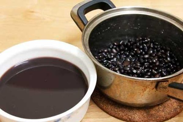 Ăn đỗ đen theo cách này giúp thải được mọi độc tố, cơ thể khỏe mạnh hơn lại da sáng dáng xinh