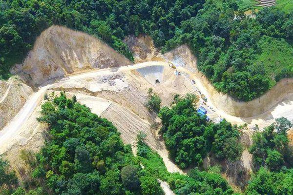 Điện Biên: Phá rừng, lấp suối để… làm đường du lịch