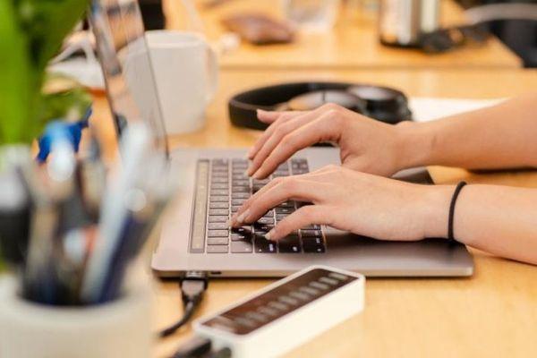 Hậu Covid-19: Đa số người lao động muốn quay lại văn phòng làm việc